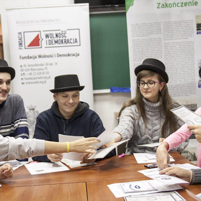 szkolnictwo_spoleczne_grafika